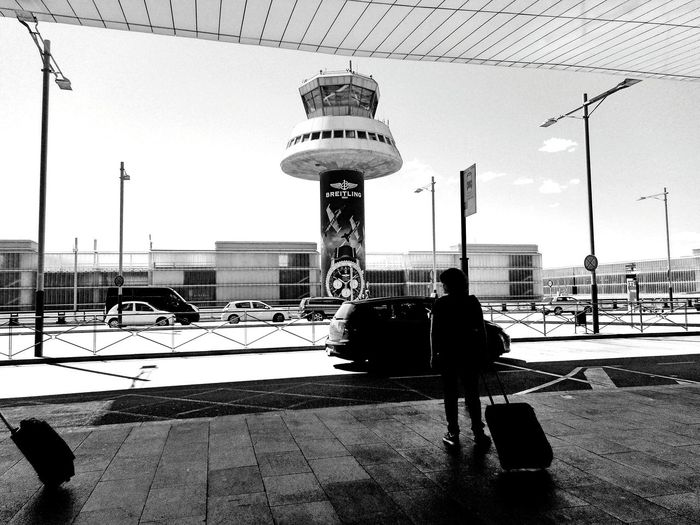Airport Black