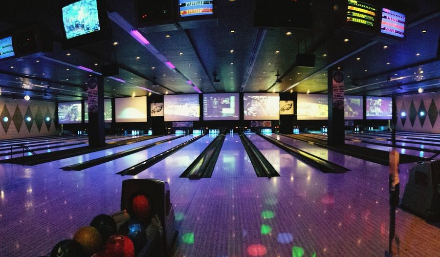 Bowling Alley Panorama Dave And Busters Philadelphia