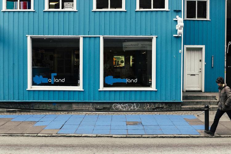 Eyeem Streetphotography Iceland Iceland Memories Laugavegur Reykjavik Streetphotography Turning Blue