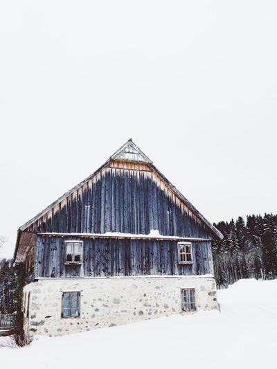 country house in winter Retreat Recreation  Alone Lonely Tranquil Scene Outdoors Country Living Country House Rural Cottage Hut Ancient Architecture Alpine Old Buildings Wintersca Wooden EyeEm Selects Built Structure Architecture Building Exterior Winter Snow Cold Temperature House Clear Sky Outdoors Barn No People Day Nature Shades Of Winter