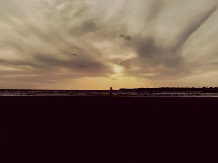 Sea Beach Horizon Over Water Sunset Silhouette Cloud - Sky Sky One Person Landscape Cloud Twilight Choshi
