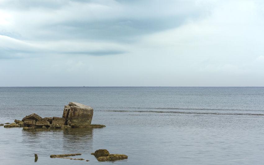 wrecks Mood Moody Sky Calm Coast Havana Seascape Horizon Over Water Water Sea Beach Sky Cloud - Sky Deterioration Abandoned Damaged Discarded Ruined
