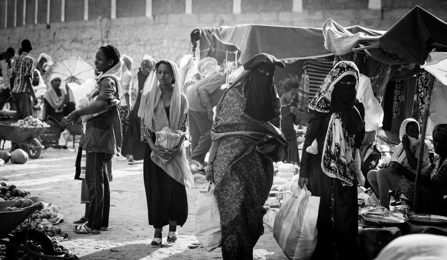 Group Of People Traditional Clothing Market Marketday Keren Eritrea Street Streetphotography Street Photography Bnw The Week on EyeEm Lifestyles Shopping Africa Day To Day Strolling Local Market Muslims
