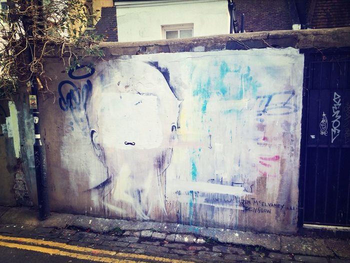 Brighton Grafitti Moustache Streetart