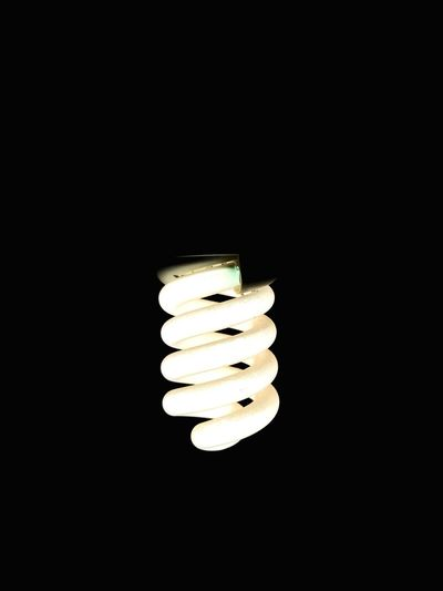 Light Bulb Lighting Equipment Illuminated Electricity  Energy Efficient Lightbulb Energy Efficient Black Background Glowing Fuel And Power Generation Night No People Close-up Filament Low Angle View Luminosity Yellow Technology Ampul Gece Karanlık Lamp Lamba