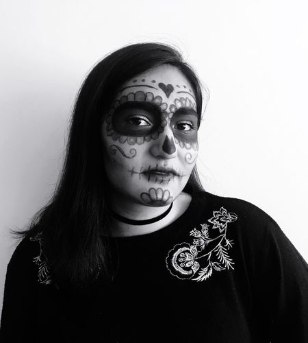 Dia de muertod Tradition Mexico Day If The Dead Catrina DIA DE MUERTOS Portrait Front View Looking At Camera Headshot One Person Indoors  Lifestyles