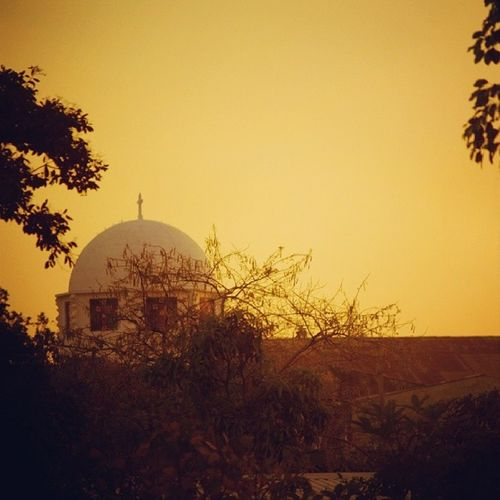 Vista desde la casa de los abuelos. Cúpula Iglesia ElSalvador  Opico