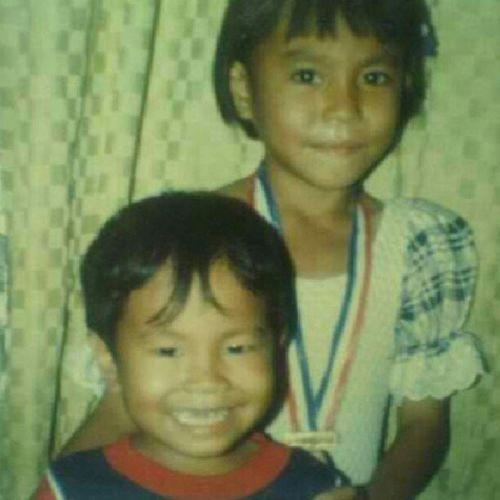 Nice bangs!!!! LongTimeAgo  Measachild Brother Cute Smiling OldPics 15yearsago Letalonethebangs ♥*^▁^* LOL