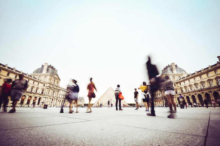 The usual busy Louvre Architecture Casual Clothing City City Life Day Diminishing Perspective Explore France France Photos France Streets Francetourisme Group Of People Lifestyles Medium Group Of People Men Mixed Age Range Outdoors Paris Sky The Way Forward Tourism Travel Travel Destinations Travel Photography Vanishing Point First Eyeem Photo