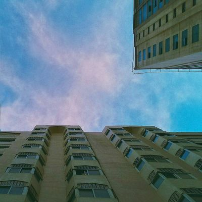 // l o o k . u p // Lookingup Shootermag Check This Out Vscocam Everyday Joy Mobile Photography OpenEdit Geometric Shapes HDR Love