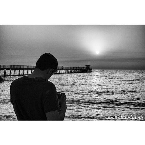 @yusifalabdullah getting ready for a good shot Kuwaitcity Kuwait Beach Morning sun sea black bw webstagram like likeback phtography photo picture picoftheday bestoftheday lovley beautiful instamate q8 q8instagram instagramq8 instagramerq8