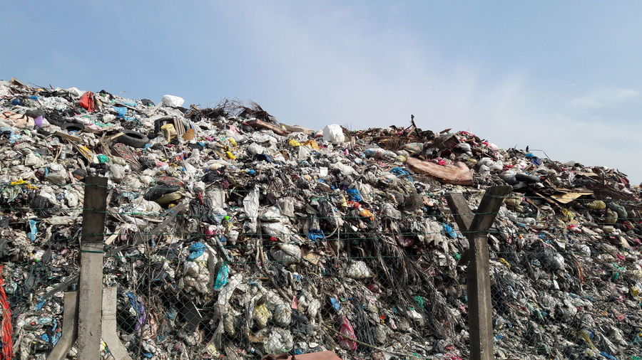 Save the Green. Waste Disposal Dirty Go Green Zero Waste Landfill Scavenger EyeEm Selects Waste Management Sky Recycling Center Recycling Garbage Dump Garbage Drink Can Scrap Metal Garbage Can Garbage Bin Wastepaper Basket Garbage Bag Recycling Bin Junkyard Sky Only Aluminum