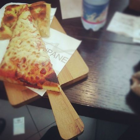 pizza d'Italie, mgl??? Pizza Italia GraziE Débora modene france frenchgirl vivalitalia