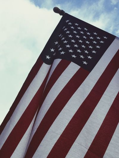 Flag America Stars And Stripes Flag Ground Shot Looking Up Majestic Check This Out