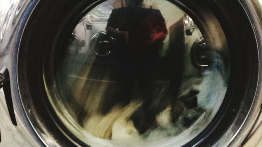 So Fresh, So Clean Laundromat Everyday Selfie Selfportrait Bored Givemeameritbadge Final Spin Faces Of EyeEm Street Photography