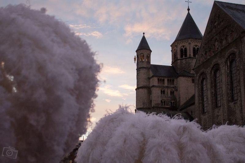 Nivelles Folklore Gilles De Binche Carnaval 2017 Unesco