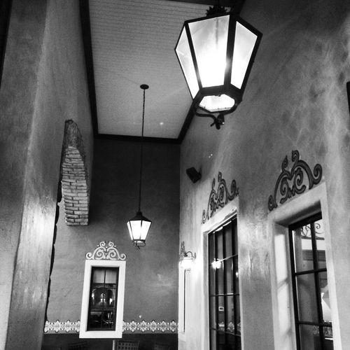 Black And White Monochrome Architecture Black & White