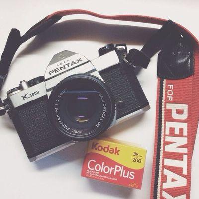 เตรียมออกฟิลด์ เย็นนี้ ✨ Artist come back, scientist go out! 🎉 Vscocam Pentax Asahi K1000 Kodak Colorplus