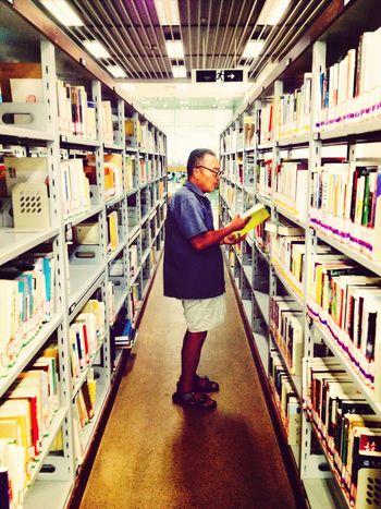 太久没去图书馆,图书馆是个让人心静的地方 Reading