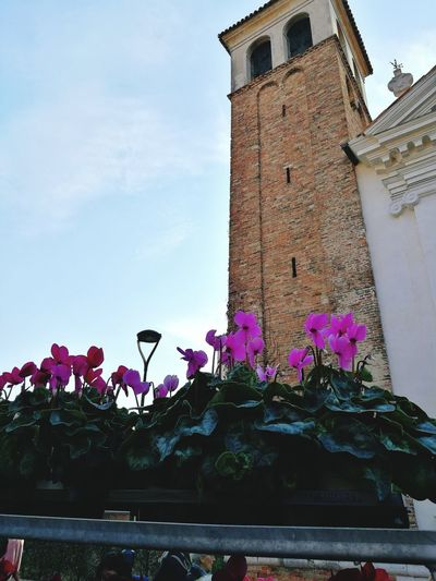 Church Tower San Girolamo Mestre No Filter, No Edit, Just Photography HuaweiP9 Flower Sky Architecture Building Exterior Built Structure