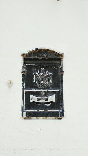 Mailbox Arround