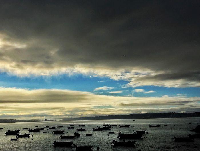 Tejo, Lisboa, Portugal, Av. Marginal