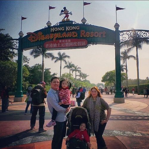 Family that goes to disney together stays together :) Maymacaptionlang Hk2013 Family Mykaelareeese reneemykaele
