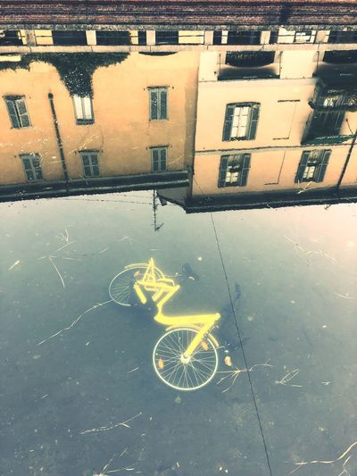 Inciviltà Sunday Bike Incivility Vandalism Water Window City No People Reflection Day Street Transportation Outdoors