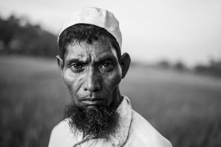 Portrait of a rohingya refugee. Approximately 7,00,000 rohingya refugees crossed to Bangladesh from Myanmar after facing ethnic cleansing in the hands of the nation's army. These refugees walked for days and crossed the Naf river on boat to take shelter in Bangladesh. Bangladesh Refugee Rohingya Rohingya Refugees B&w Documentary Migration Monochrome Myanmar Portrait Refugees The Photojournalist - 2018 EyeEm Awards This Is Strength