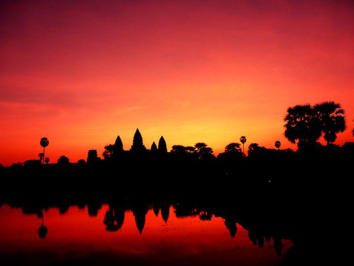 Cambodia Colorful Sunrise Epic Sunrise Sunrise Silhouette Water Reflections Angkor Wat Colorful Sky Khmer Khmer Empire Magical Places Postcard Motive Sunrise