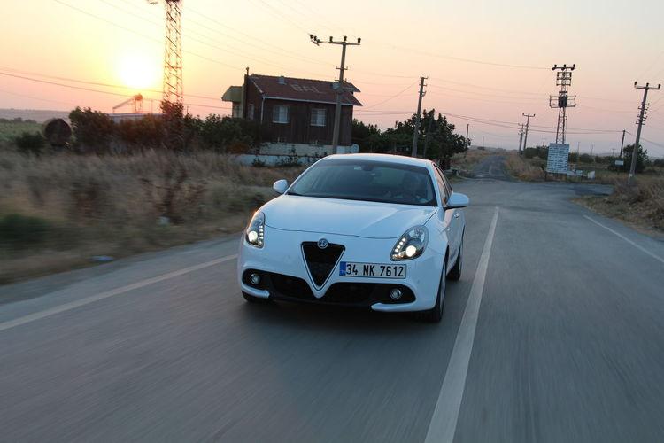 Alfa Romeo Giulietta Otomobil Dünyam