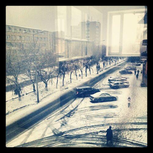 Зима в караганде весной((