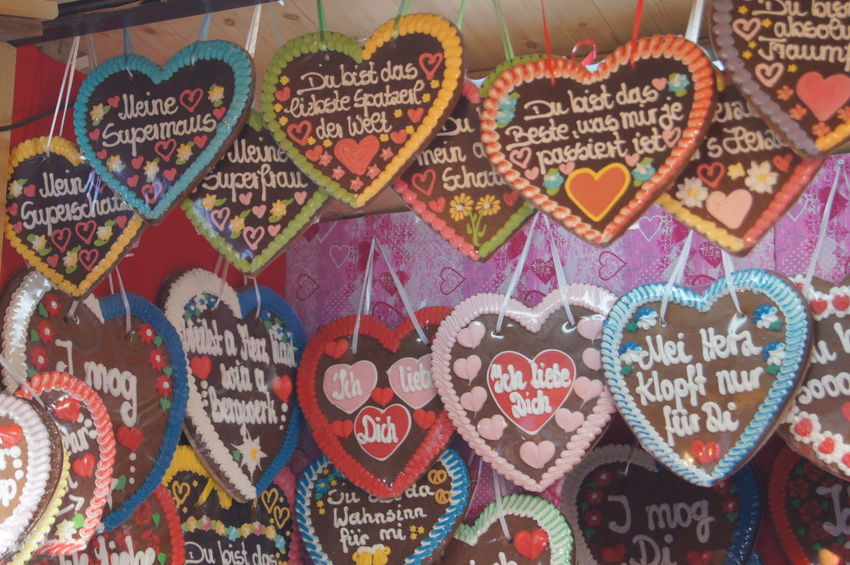 Art Backgrounds Close-up Day Design Display Full Frame Heart Information Information Sign Lebkuchen Multi Colored No People Octoberfest Oktoberfest Sweets Text Western Script Wiesn