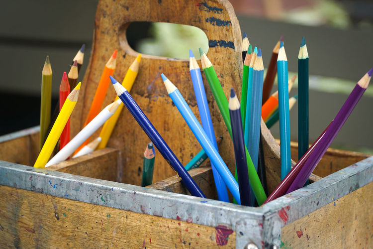 observed crayons 👀🖍 Multi Colored Pencil Colored Pencil Creativity Large Group Of Objects Crayon Close-up Eye4photography