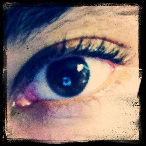 eye see you ;) Staring Contest