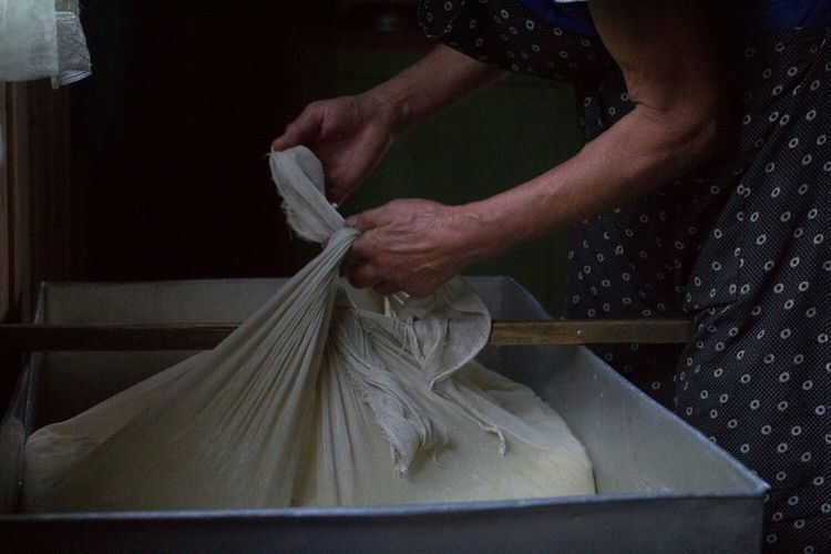 My World Of Food Cheese Made In Romania Making Cheese Traditional Traditional Food Romania