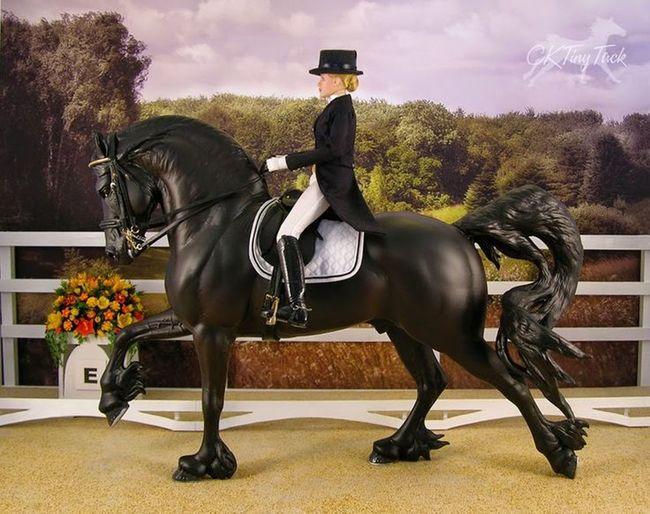 Toy Horse Breyer Boy Stalion Headwear Full Length Riding Horseback Riding Horse