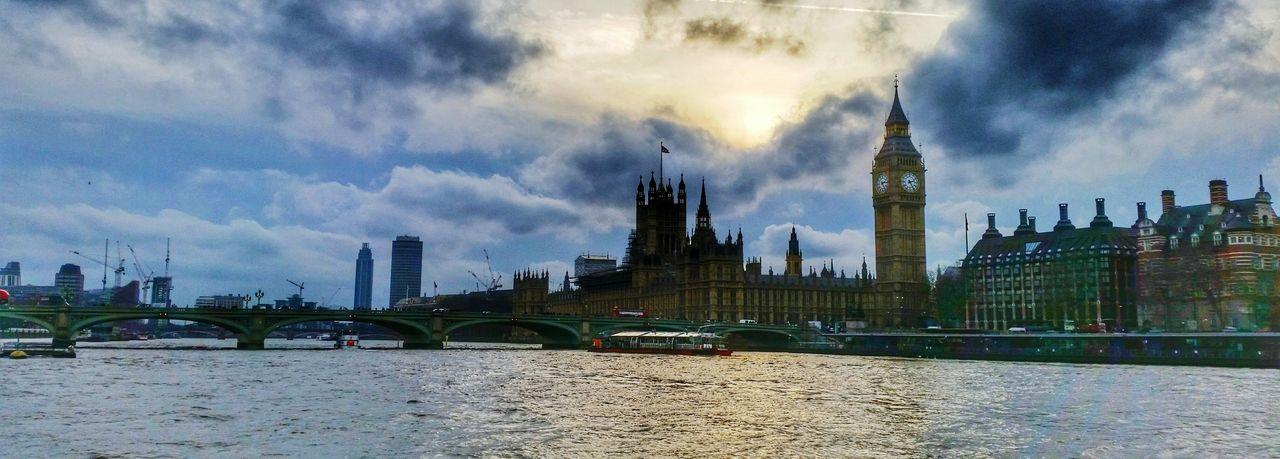 London, Westminster LondonEye Bigben Westminsterbridge Housesofparliament Riverthames Thames London Greatbritain GB Londoner River Westminster Cityhall