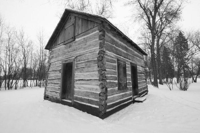 Log Cabin Minnesota Nature Pioneer Sub Zero Black And White Cabin Cold Temperature