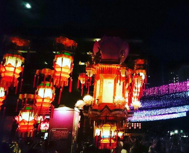 Low Angle View Night Lantern Outdoors Sky Decoration City Life Tai Hang Firedragondance 137th Tin Hau Fire Dragon Firedragon Tin Hua Tradition Lights Colorful Multi Colored Full Moon Full Moon 🌕 Full Moon Night
