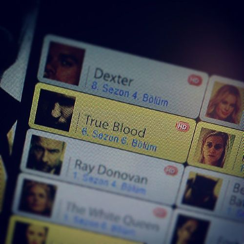 Yay! New episode! :) This just made my day. <3 Trueblood Newepisode Teameric I wonder if Eric and Pam are gonna fight or they'll find a way out. S06E06
