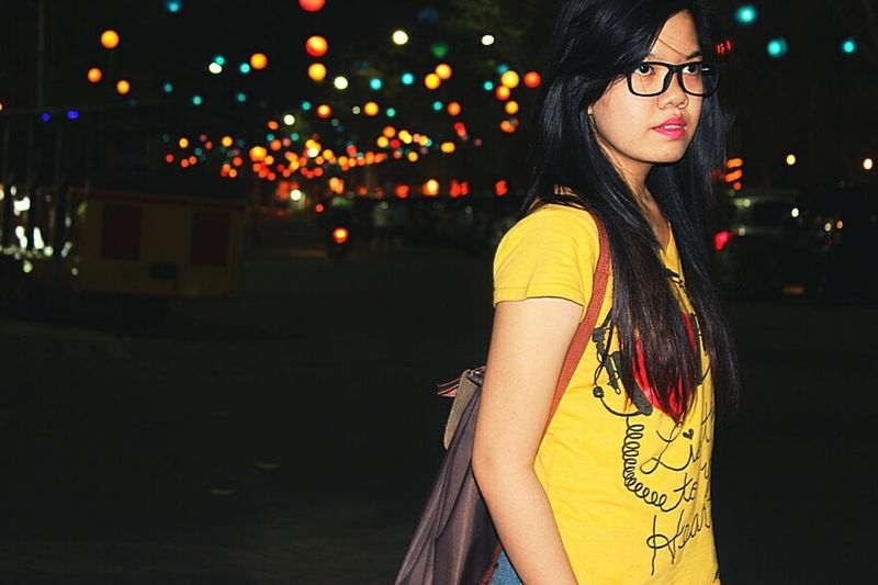 Illuminated Night Standing Young Adult Side View Street Long Hair City City Life Casual Clothing Vacations Focus On Foreground Outdoors Asian  Asian Girl Girl Spectacle Yelliw Shirt Backpackers Travel Girl Overnight Success Traveller light and reflection Travel Photography Travel Traveling Home For The Holidays The Fashion Photographer - 2018 EyeEm Awards