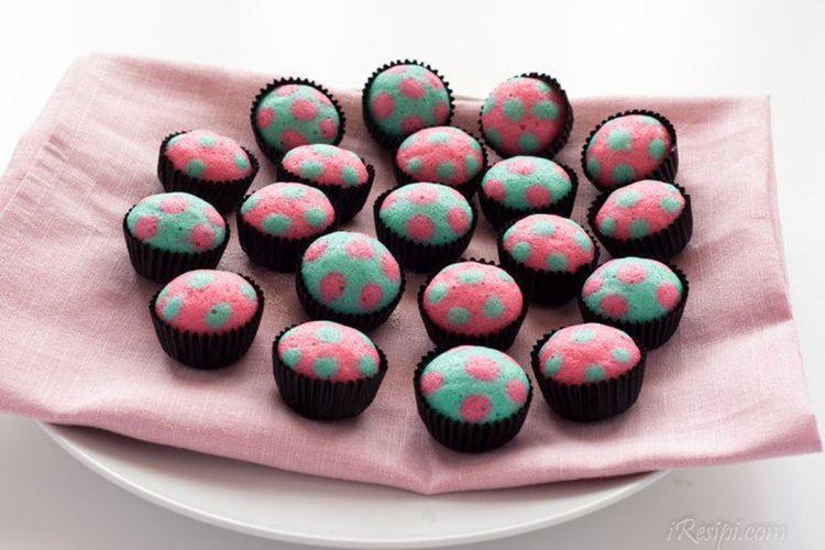Cakes Cutecake Cutefood Sweet Food Cupcake Dessert Ready-to-eat Multi Colored First Eyeem Photo