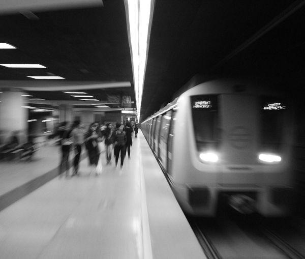 One evening at Delhi metro! Subway Blurred Motion Subway Train Long Exposure Motion Blackandwhite Bw ZOOMER Metro Station