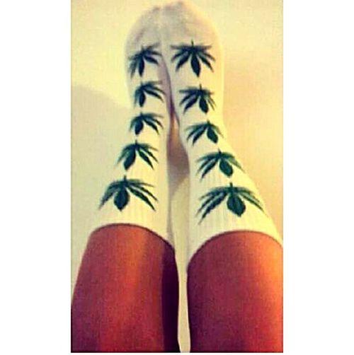 De la weed à foison. ? Weed Huf Socks
