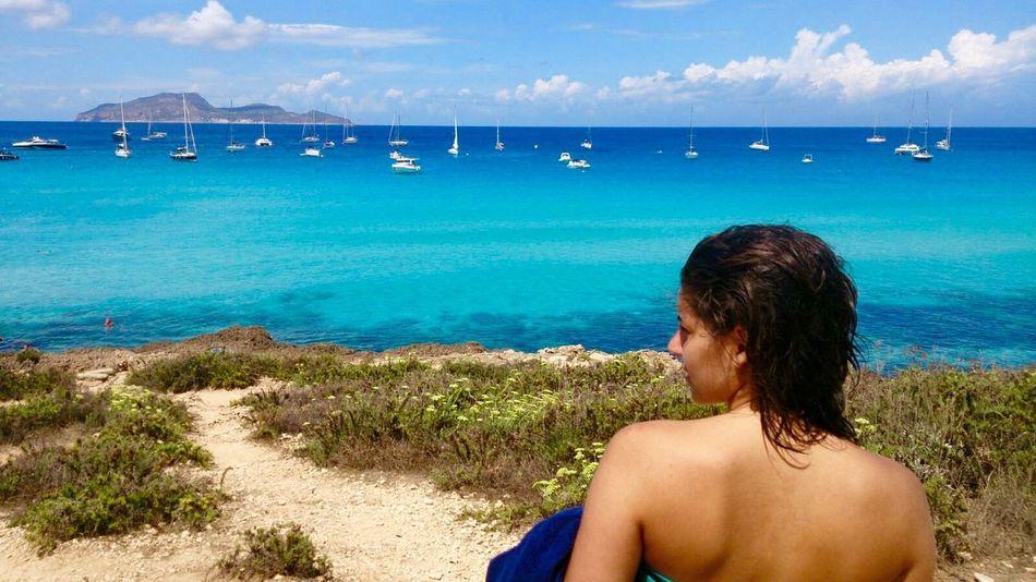 It's real or not? Cartolina Cartoon Favignana Favignana's Sea Real Reality Beautiful BeautifulSea  Sea And Sky EyeEmNewHere