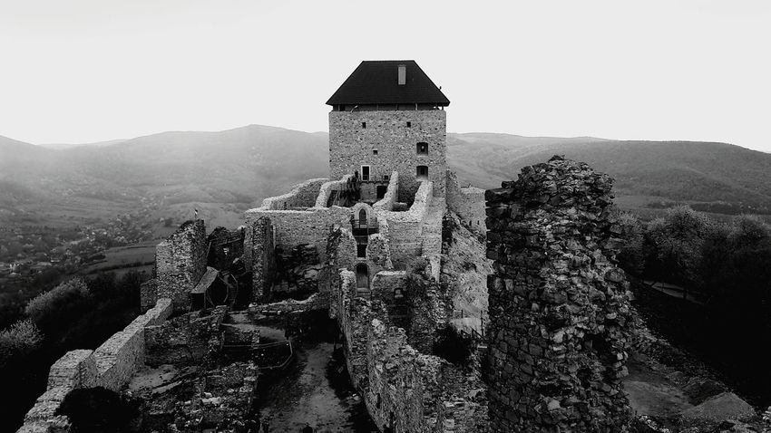 Castle Walls Castle View  Castle Tower Boldogkőváralja Boldogko Castle Outdoors Mountain Architecture Built Structure Landscape Day Nature Sky Before The Storm Blackandwhite Black & White EyeEmNewHere Eyemphotos Mix Yourself A Good Time The Week On EyeEm Lost In The Landscape Connected By Travel Go Higher