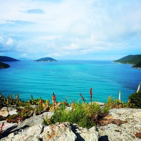 Nunca me canso dessa cor de mar. Arraialdocabo Colorindooinstagram Color Verde azul surreal