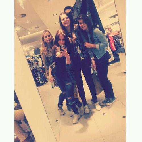 Friends Shopping Love Peace ✌
