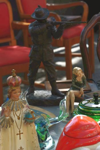 sacro e profano Nikon Nikonphotography Nikonphotographer Nikon D5200 Nikkor 18-105mm Mercatoantiquario Statue Sculpture Figurine  Close-up